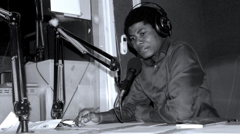 Websder Corneille : « Je n'appartiens plus à la langue française »   Loop  Haiti